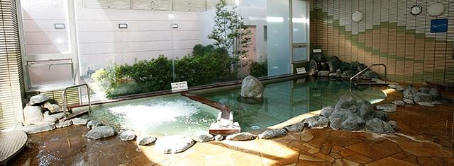 日帰り入浴無料のいさわ温泉の日【登山口ナビ】