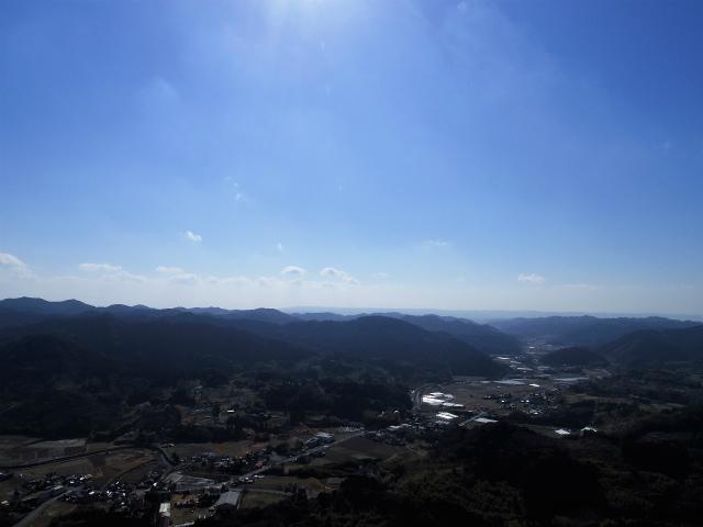伊予ヶ岳(平群天神社コース) 登山口コースガイド 南峰山頂から御殿山の眺望【登山口ナビ】