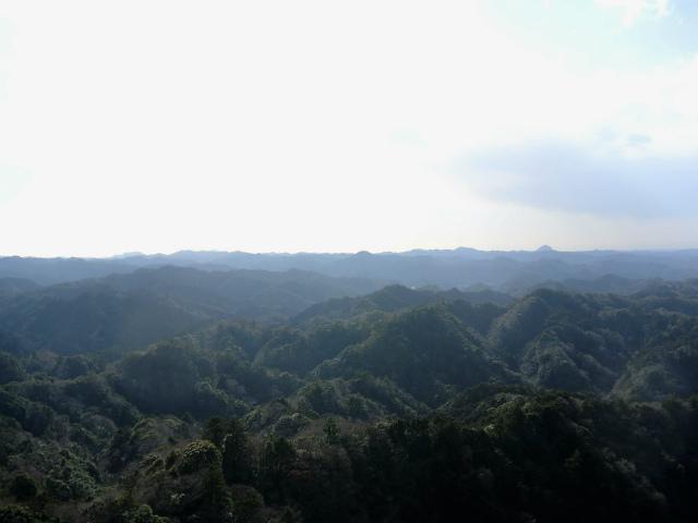 高宕山(石射太郎コース)登山口コースガイド 高宕山山頂からの展望【登山口ナビ】