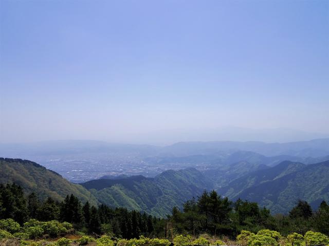塔ノ岳(烏尾尾根) 登山口コースガイド 烏尾山山頂から秦野市街の眺望【登山口ナビ】