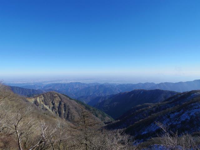 塔ノ岳(烏尾尾根) 登山口コースガイド 塔ノ岳山頂からの相模原市街、関東平野【登山口ナビ】