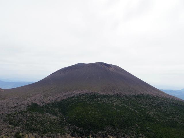 黒斑山(表コース・中コース) 登山口コースガイド トーミの頭山頂からの浅間山の眺望【登山口ナビ】