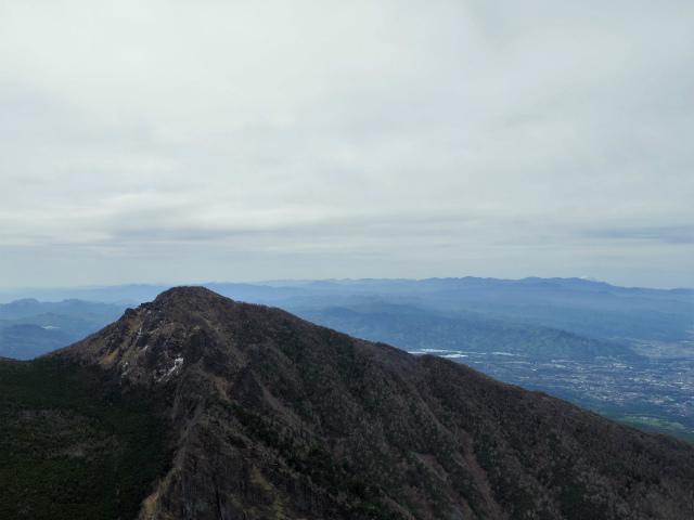 黒斑山(表コース・中コース) 登山口コースガイド トーミの頭山頂からの剣ヶ峰・奥秩父山塊の眺望【登山口ナビ】