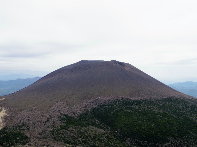 黒斑山(表コース・中コース) 登山口コースガイド 黒斑山山頂からの浅間山【登山口ナビ】