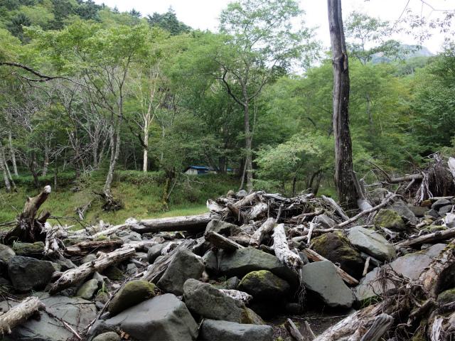八ヶ岳・赤岳(天狗尾根) 登山口コースガイド 出合小屋【登山口ナビ】