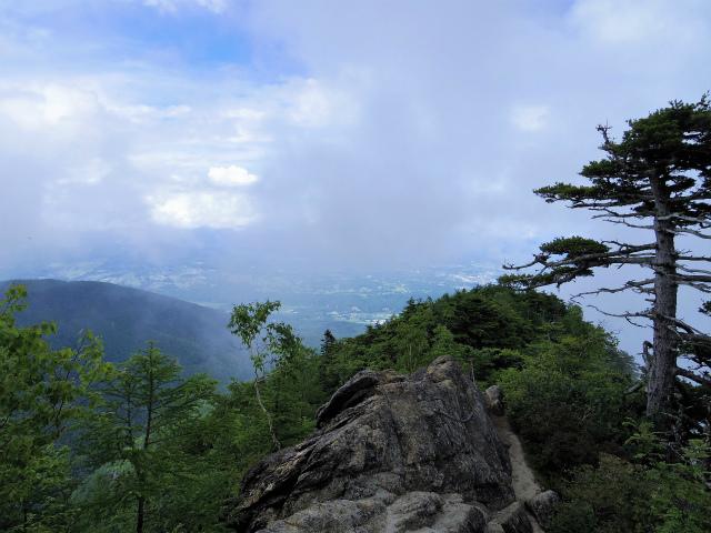 甲斐駒ヶ岳(黒戸尾根)登山口コースガイド 刃渡りからの八ヶ岳【登山口ナビ】