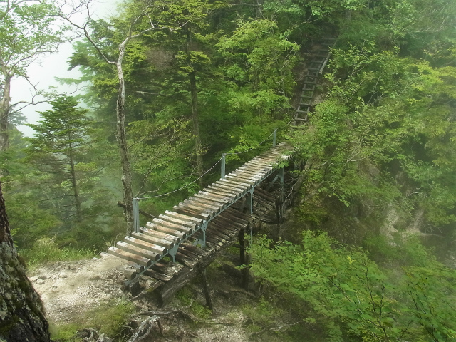 甲斐駒ヶ岳(黒戸尾根)登山口コースガイド キレットの橋【登山口ナビ】