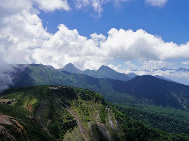 八ヶ岳・天狗岳(西尾根~黒百合平周回) 登山口コースガイド 西天狗山頂からの南八ヶ岳【登山口ナビ】