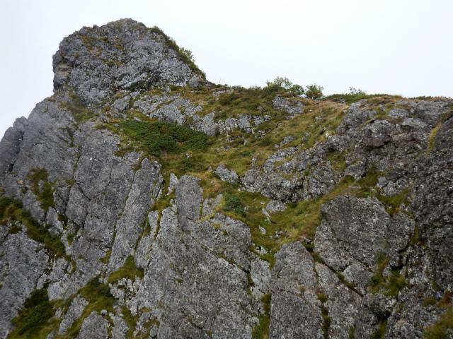八ヶ岳・赤岳(天狗尾根) 登山口コースガイド P2峰の絶壁【登山口ナビ】