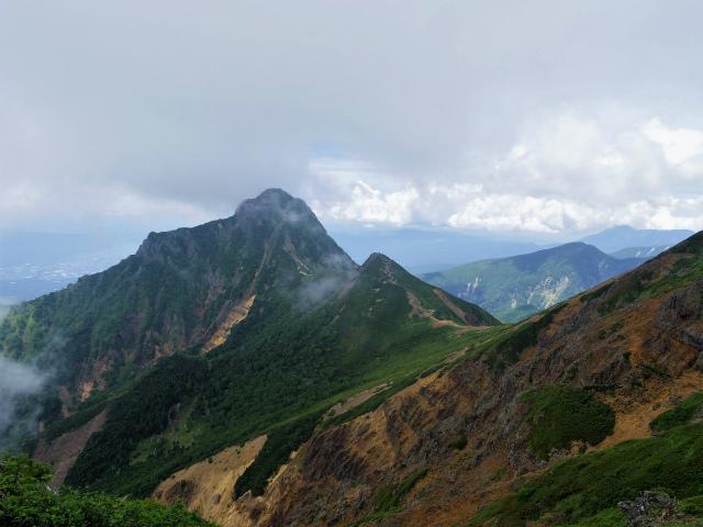 八ヶ岳・赤岳(天狗尾根) 登山口コースガイド 縦走路からの阿弥陀岳・中岳【登山口ナビ】