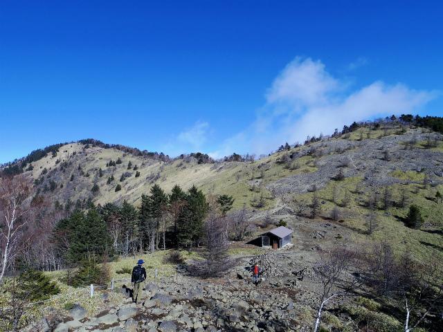 大菩薩嶺(大菩薩峠~唐松尾根周回)登山口コースガイド 親不知ノ頭から稜線の眺望【登山口ナビ】