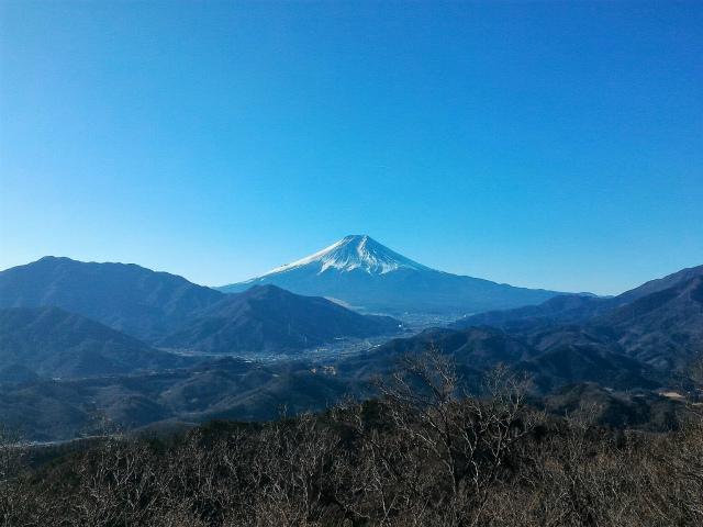 秀麗富嶽十二景 9番山頂 登山口コースガイド 高川山山頂【登山口ナビ】