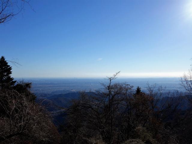 三峰山(物見峠~不動尻周回)登山口コースガイド ピークからの相模湾【登山口ナビ】