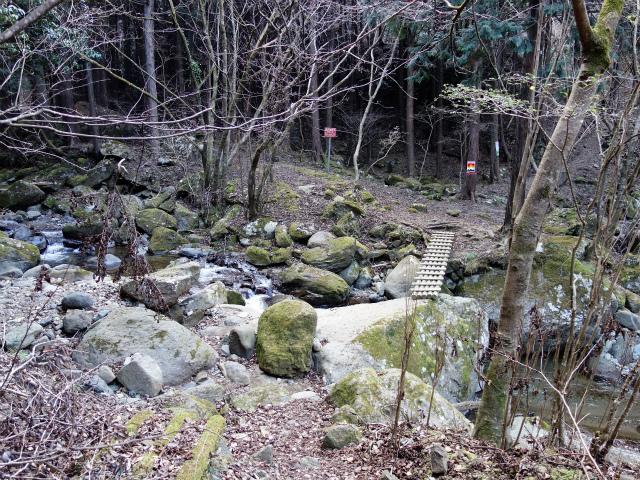大山(不動尻~唐沢峠)登山口コースガイド 谷太郎川登山道入口【登山口ナビ】