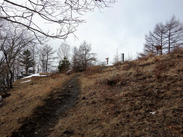 鷹ノ巣山(六ツ石山~石尾根縦走路)登山口コースガイド 六ツ石山山頂【登山口ナビ】