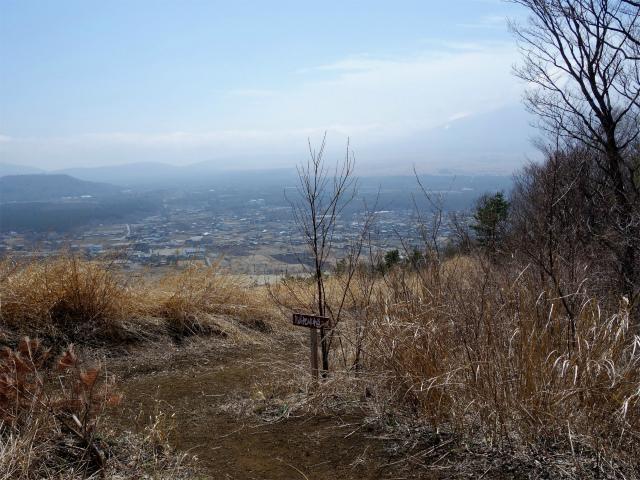 杓子山(鳥居地峠~高座山)登山口コースガイド 鳥居地峠中道コース分岐【登山口ナビ】