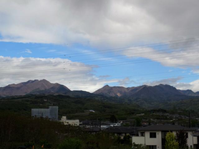 曲岳・黒富士(観音峠大野山林道コース)登山口コースガイド【登山口ナビ】