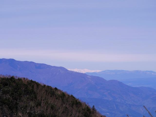 毛無山(不動の滝コース)登山口コースガイド 稜線分岐の岩の展望台からの北アルプス【登山口ナビ】
