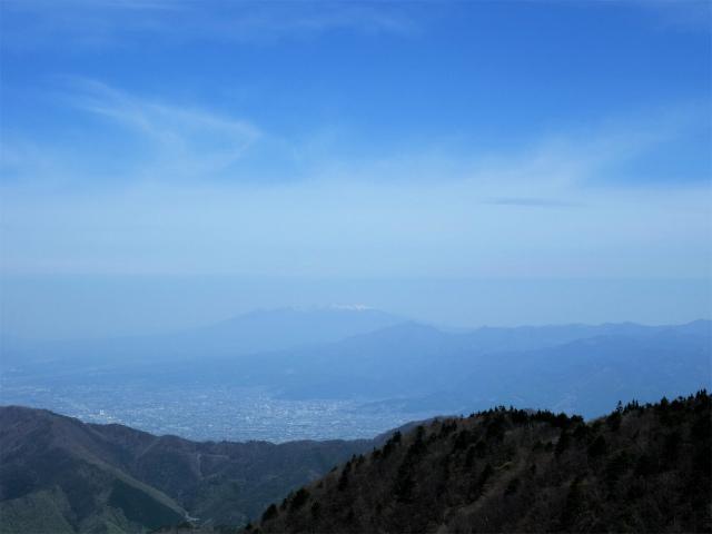 鬼ヶ岳(雪頭ヶ岳~鍵掛峠周回)登山口コースガイド 稜線のコブからの八ヶ岳【登山口ナビ】
