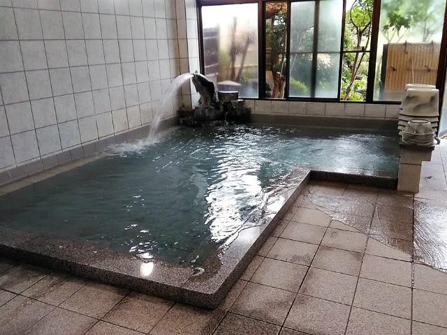 笛吹川温泉・はやぶさ温泉 浴室【登山口ナビ】