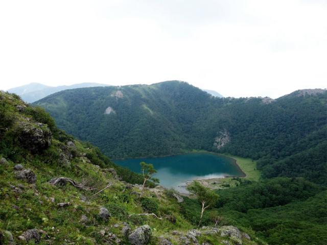 日光白根山(七色平~五色沼) 登山口コースガイド 五色山と五色沼【登山口ナビ】