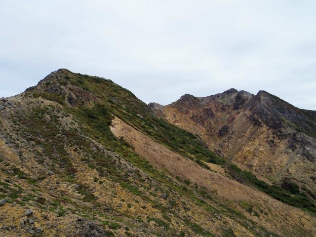 那須岳(朝日岳~姥ヶ平) 登山口コースガイド 剣ヶ峰と朝日岳【登山口ナビ】