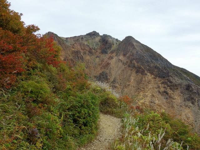 那須岳(朝日岳~姥ヶ平) 登山口コースガイド 剣ヶ峰の巻き道【登山口ナビ】