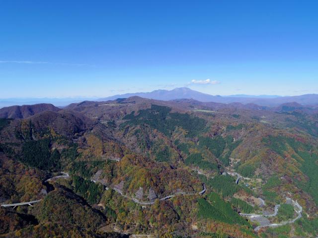 荒船山(威怒牟畿不動~艫岩~左岸コース周回)登山口コースガイド 艫岩展望台からの浅間山【登山口ナビ】
