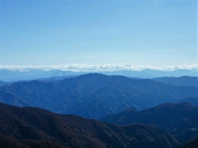 三頭山(ヌカザス尾根)登山口コースガイド【登山口ナビ】