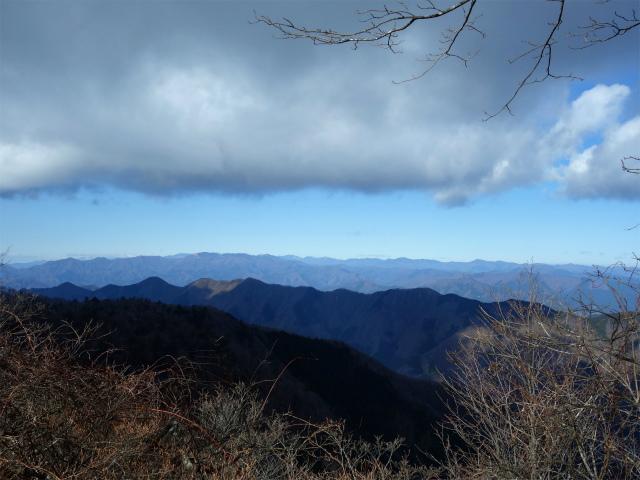 大室山(道志の湯~加入道山)登山口コースガイド 西斜面からの奥多摩【登山口ナビ】