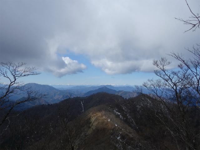大室山(道志の湯~加入道山)登山口コースガイド 西斜面からの南アルプス【登山口ナビ】
