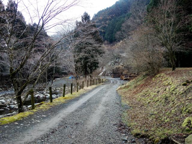 三ノ塔(BOSCO~ヨモギ平)登山口コースガイド オートキャンプ場内【登山口ナビ】