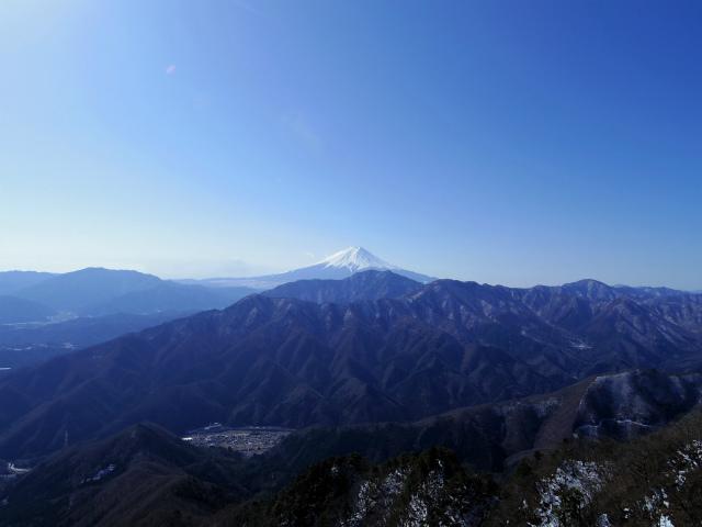 滝子山(南陵/寂ショウ尾根)登山口コースガイド 露岩からの富士山【登山口ナビ】