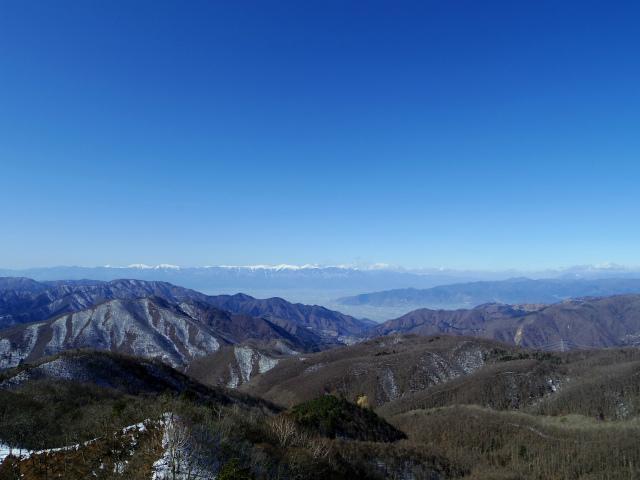 滝子山(南陵/寂ショウ尾根)登山口コースガイド 露岩からの南アルプス【登山口ナビ】