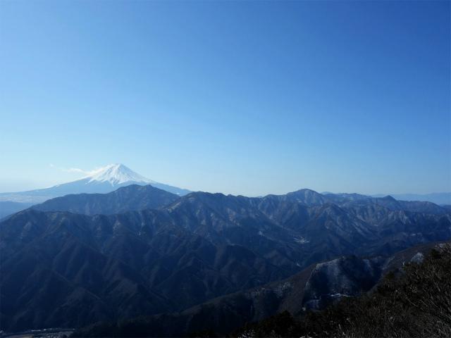 滝子山(南陵/寂ショウ尾根)登山口コースガイド 山頂からの御坂山地と富士山【登山口ナビ】