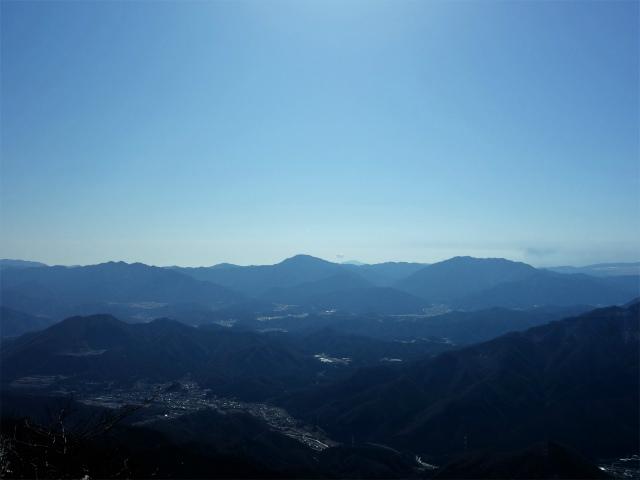 滝子山(南陵/寂ショウ尾根)登山口コースガイド 山頂からの道志山塊【登山口ナビ】