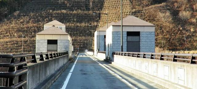 【四万川ダム】奥四万湖外周道路の通行規制【登山口ナビ】