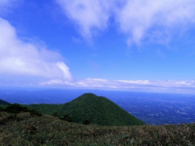南月山(沼原~白笹山)登山口コースガイド 黒尾谷岳【登山口ナビ】