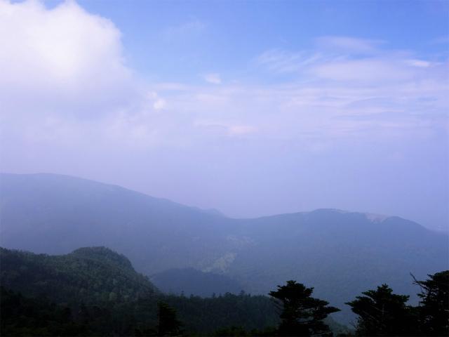 北横岳(大河原峠~双子池)登山口コースガイド 北峰山頂からの双子山と北アルプス【登山口ナビ】