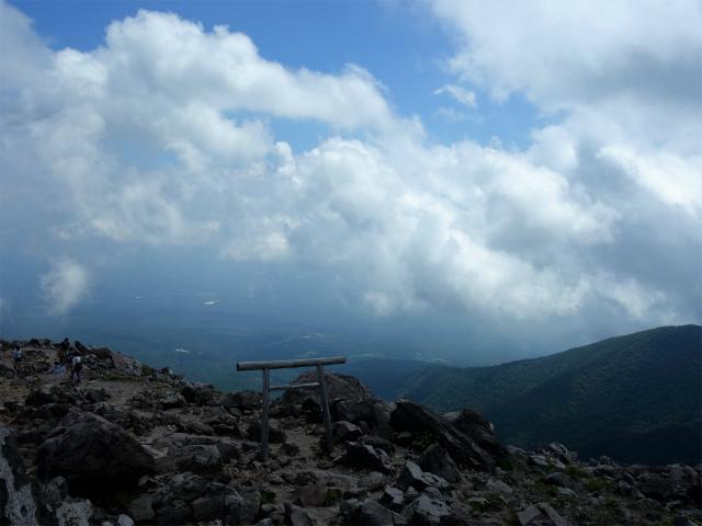 那須岳(茶臼岳~姥ヶ平)登山口コースガイド 山頂【登山口ナビ】