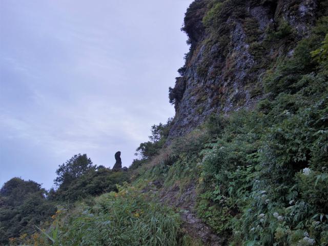 八海山(屏風道~新開道)小地蔵岳【登山口コースガイド】