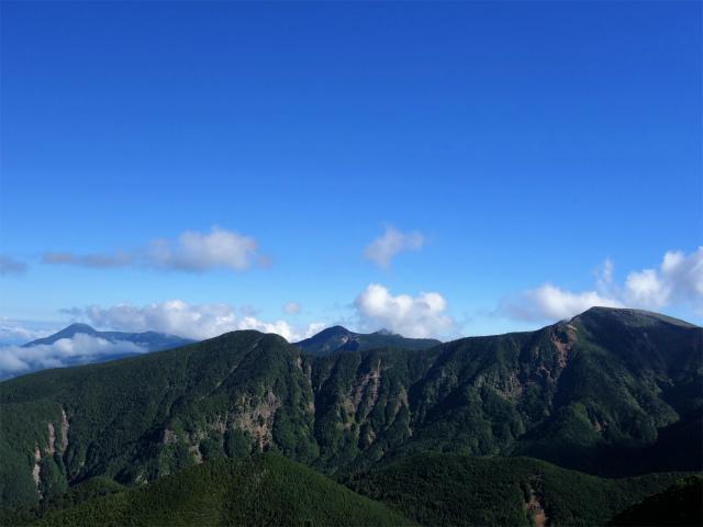 八ヶ岳・阿弥陀岳(御小屋尾根)登山口コースガイド 蓼科山と硫黄岳【登山口ナビ】