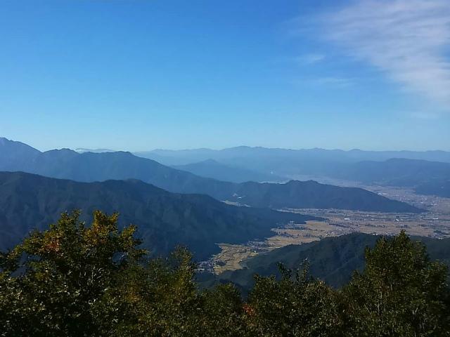 八海山(薬師岳~八ツ峰~入道岳)展望台から魚沼の眺望【登山口コースガイド】