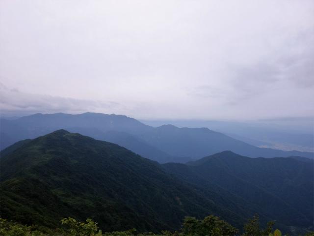 八海山(阿寺山~五竜岳~入道岳)登山口コースガイド 巻機山の眺望【登山口ナビ】