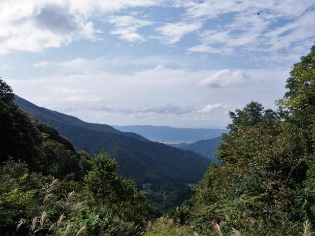 八海山(阿寺山~五竜岳~入道岳)登山口コースガイド 麓の眺望【登山口ナビ】