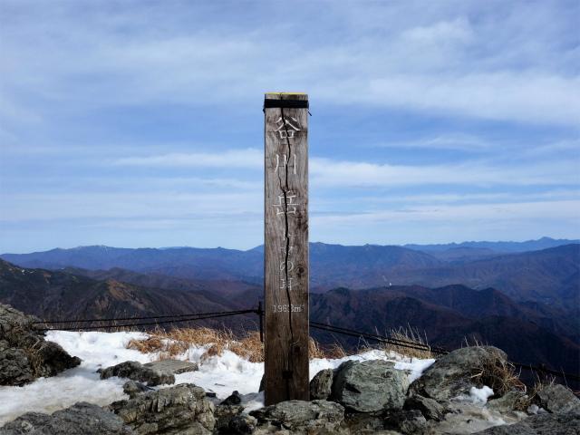 谷川岳 トマノ耳/オキノ耳(西黒尾根)登山口コースガイド トマノ耳山頂【登山口ナビ】