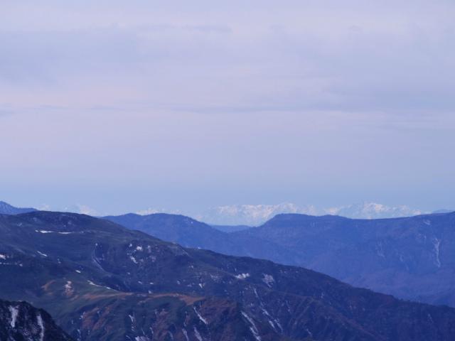 谷川岳 トマノ耳/オキノ耳(西黒尾根)登山口コースガイド 山頂から北アルプスの眺望【登山口ナビ】