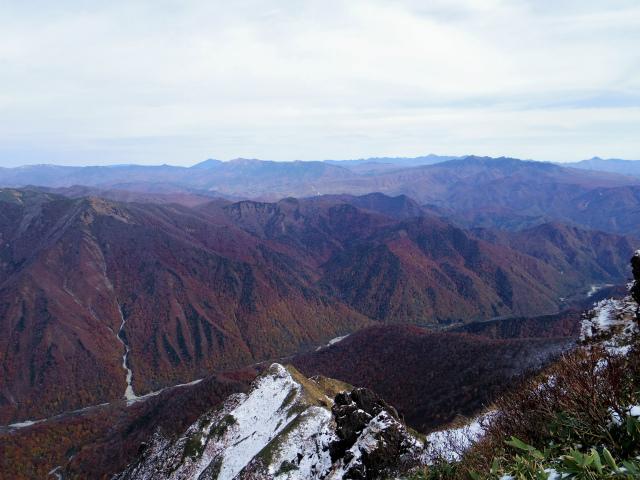 谷川岳 トマノ耳/オキノ耳(西黒尾根)登山口コースガイド オキノ耳山頂からの眺望【登山口ナビ】