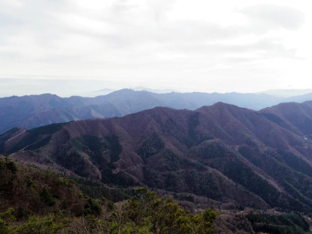 今倉山・高岩(道坂峠~パラジマ沢コース)登山口コースガイド 赤岩山頂からの箱根の眺望【登山口ナビ】