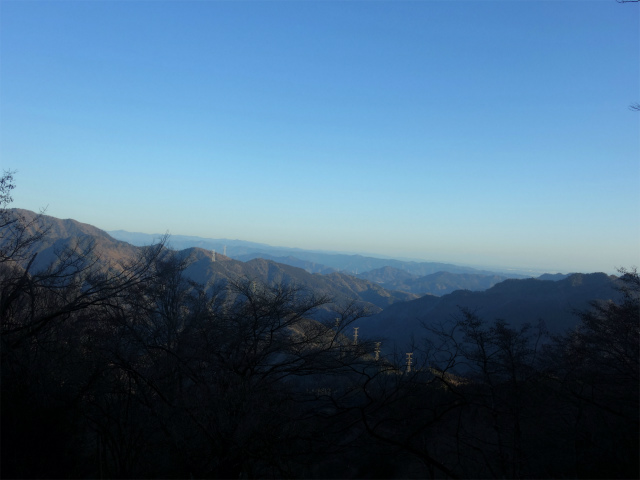 大山(地獄沢橋~大山北尾根)登山口コースガイド 奥多摩方面の眺望【登山口ナビ】